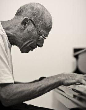 Bild: David Helfgott in Film und Konzert