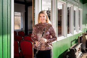 PONTON KLASSIK LOUNGE - ein Exklusiv-Konzert in einer einmaligen Location auf der Elbe mit Star-Klarinettistin