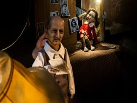 Anne Frank - dokumentarisch - biografisches Theater / Artisanen, Berlin