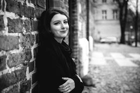 Bild: Fulminante Verse – Die besten Lyrikdebüts. Mit Slata Roschal und Saskia Warzecha.