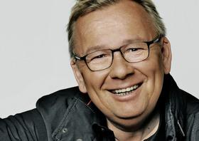 """Bild: BERND STELTER """"Wer Lieder singt, braucht keinen Therapeuten"""" - Vorprogramm: Bob Lehmann"""