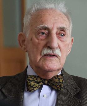 Bild: Dr. Leon Weintraub - Gespräch mit einem Holocaustzeitzeugen -