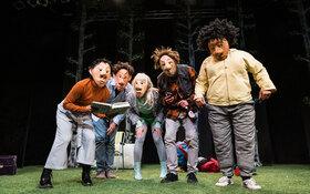 Bild: Klasse Glück - Das neue Masken-Beatbox-Theater