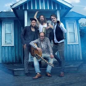 Gankino Circus - Bei den Finnen