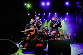 THE RED HOT CHILLI PIPERS - Fresh Air World Tour 2021