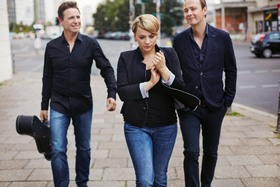 Bild: Cristin Claas Trio - Eine leuchtende Stimme