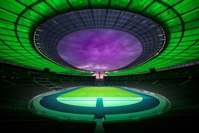 Bild: Die Lichterlebnis-Tour im Olympiastadion Berlin