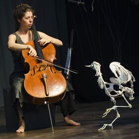 Bild: Theater Rosenfisch: Birds On Strings