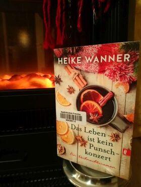 Bild: Das Leben ist kein Punschkonzert - Weihnachtslesung mit Katrin Kaesler