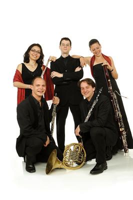 Bild: Grünstadter Sternstunden 2020 - Arirang Quintett - Vive La France