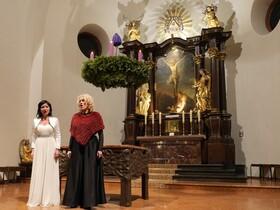 Bild: Adventskonzert - mit internationalen Künstlern