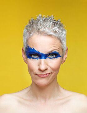 Bild: Tina Häussermann - Supertina rettet die Welt (im Rahmen ihrer Möglichkeiten)