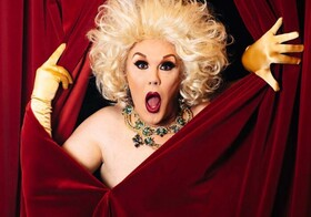 Bild: Elke Winter - Queen of Comedy