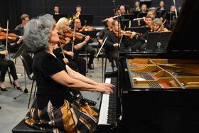 Bild: Musik mit Meze - Ein griechischer Abend - Klavier: Danae Kara