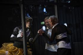 Bild: Maria Stuart - Eine Aufführung des Hans Otto Theaters