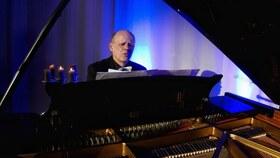 Bild: Klavier und Gesang -