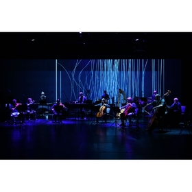 Bild: Alva Noto & Ensemble Modern: Xerrox Vol.4 - Ensemble Modern On Air | Videostream