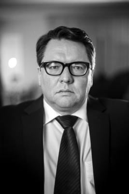 Bild: Helmut Schleich - Kauf Du Sau!