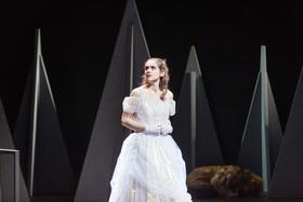 Die Schöne und das Biest - La Belle et la Bête - Oper von Philip Glass