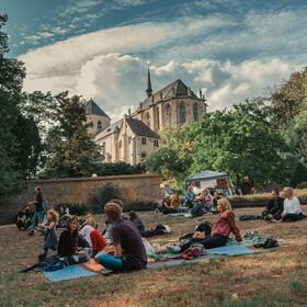 Bild: MIR Festival - (fast) Umsonst & Draußen - Für elektronische Musik, Nachhaltigkeit und Kunst
