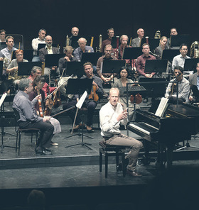 Bild: 2. Concert Lounge - Wolfgang Amadeus Mozart: Symphonie Nr. 40 g-Moll u. a.