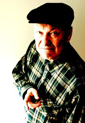 Bild: Deja Vu 2 - Gerd Dudenhöffer spielt aus 30 Jahren Heinz Becker-Programmen