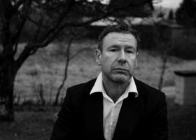 Bild: Tomas Espedal: Lieben - Lesung und Gespräch mit Hinrich Schmidt-Henkel