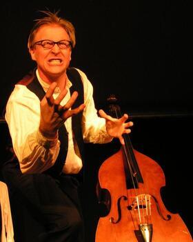 Bild: Der Kontrabass - Theaterstück von Patrick Süskind