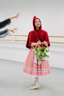 Rotkäppchen - Klassisches Ballett für die ganze Familie