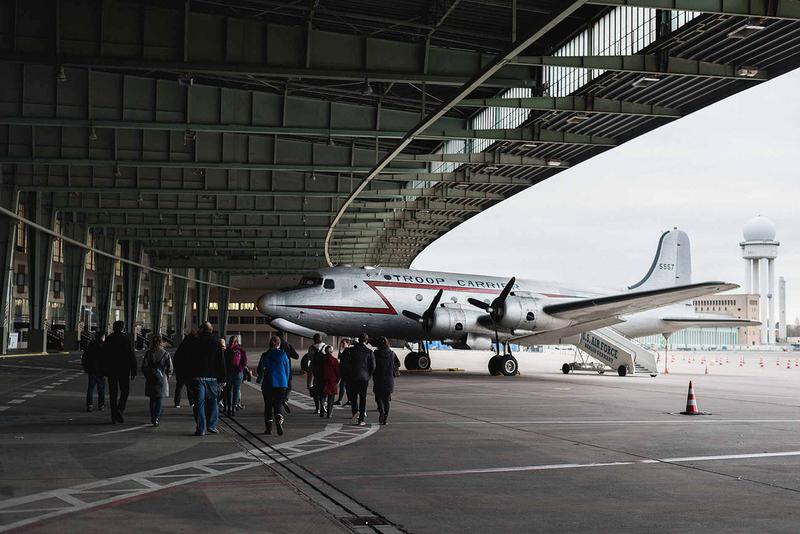 Tempelhof Airport - english guided tours
