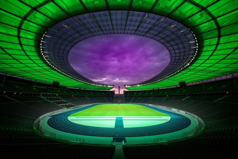 Die Lichterlebnis-Tour im Olympiastadion Berlin