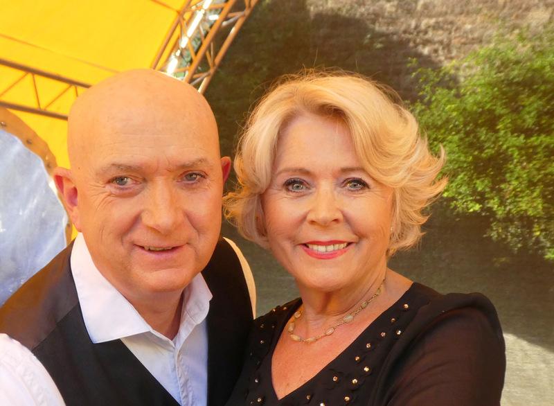 Ulrike Neradt und Frank Golischewski - Lebe wohl und liebe mich... szenisch-musikalische Lesung