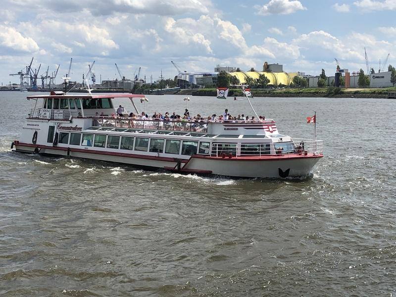 Große Hafenrundfahrt 2021 - 1-stündige Tour durch den Hamburger Hafen