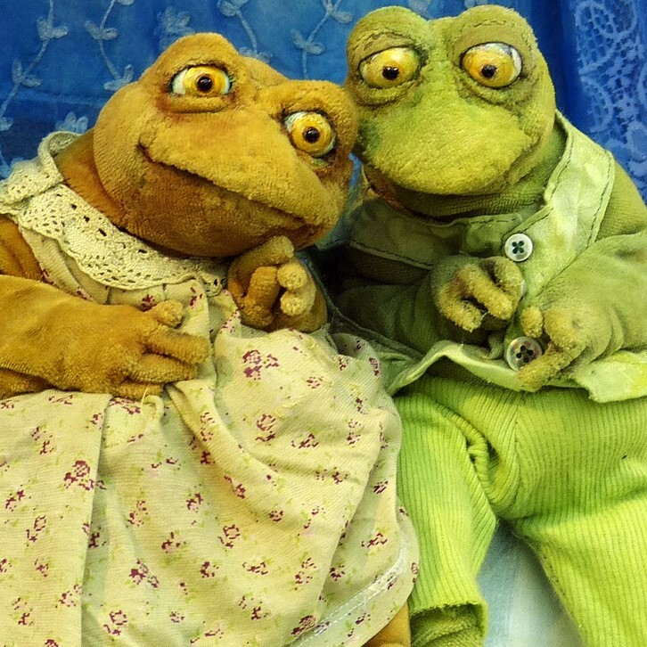 Im Theatersaal: Frieda und Frosch