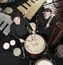 Bild: You Can Play Drums - Elbtonal-Percussion-Duo