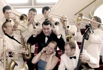 "Bild: Andrej Hermlins SWING DANCE ORCHESTRA (""Christmas in Swing"")"