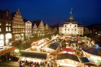 """Bild: L�neburger Weihnachtsmarkt """"L�neburg im Lichterglanz"""""""
