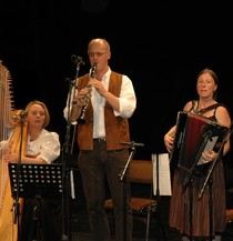 Bild: Trio Califragilis - Steffi Zachmeier - Besinnliches und Heiteres zum Advent