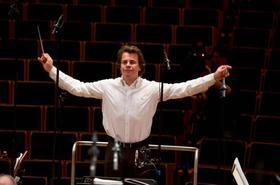 Bild: Jiri Belohl�vek | Dirigent | Tschechische Philharmonie