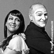 Bild: Shani Diluka - Klavier   und   Carlos Martinez - Pantomime - Pianomime
