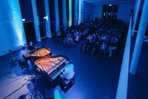 Bild: Piano Reloaded in concert - Showpianisten an 2 Fl�geln