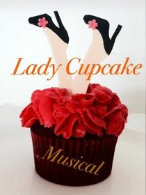 """Bild: Jenna Benos und die Musical Crew Freiburg """"Lady Cupcake"""""""