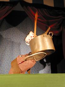 Bild: Wie Gretel dem R�uber eine Suppe kocht