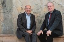 Bild: Gregor Gysi & Friedrich Schorlemmer im Gespr�ch - Was bleiben wird - ein Gespr�ch �ber Herkunft und Zukunft