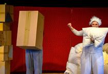 Bild: Von Kisten und Kissen - Ein Clowneskes Vergn�gen von 2-7 Jahre