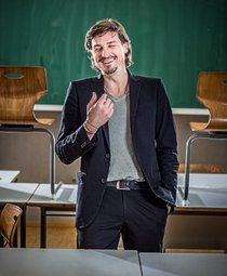 Bild: Marc Hofmann  - Der Klassenfeind, Teil 2