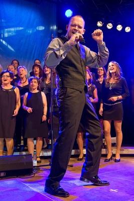 Bild: Gospelchor Lingenfeld in concert - Leitung: Matthias Settelmeyer