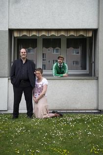 """Bild: Matthias Egersdörfer mit Schulz und Eichhorn - mit """"CARMEN ... oder die Würde des Menschen ist ein Scheißdreck!"""""""