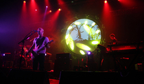 """Bild: ECHOES - performing the music of Pink Floyd - """"L""""-Show"""