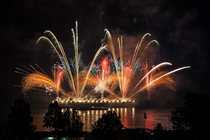 Bild: Rhein in Flammen Oberwesel - Schiffahrt mit Feuerwerk, inkl. 3-Gang-Men� und 2 �bernachtungen im NH Hotel ****